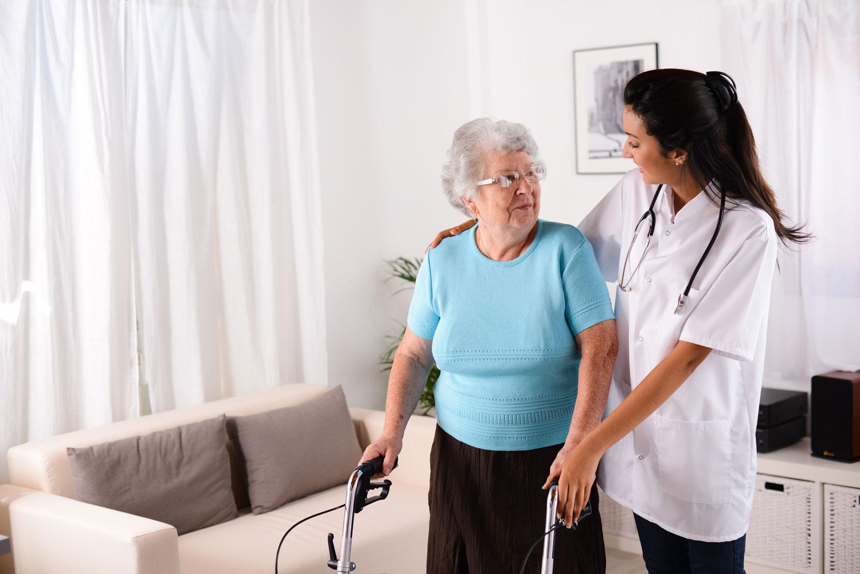 opiekun-medyczny-zawod-z-przyszloscia